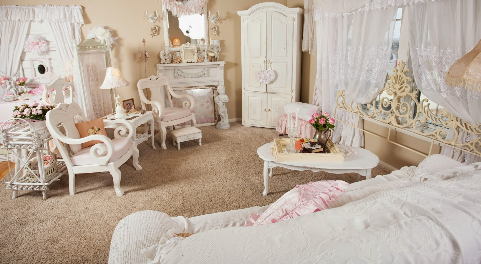 Image of: Shabby Chic Living Room Pink