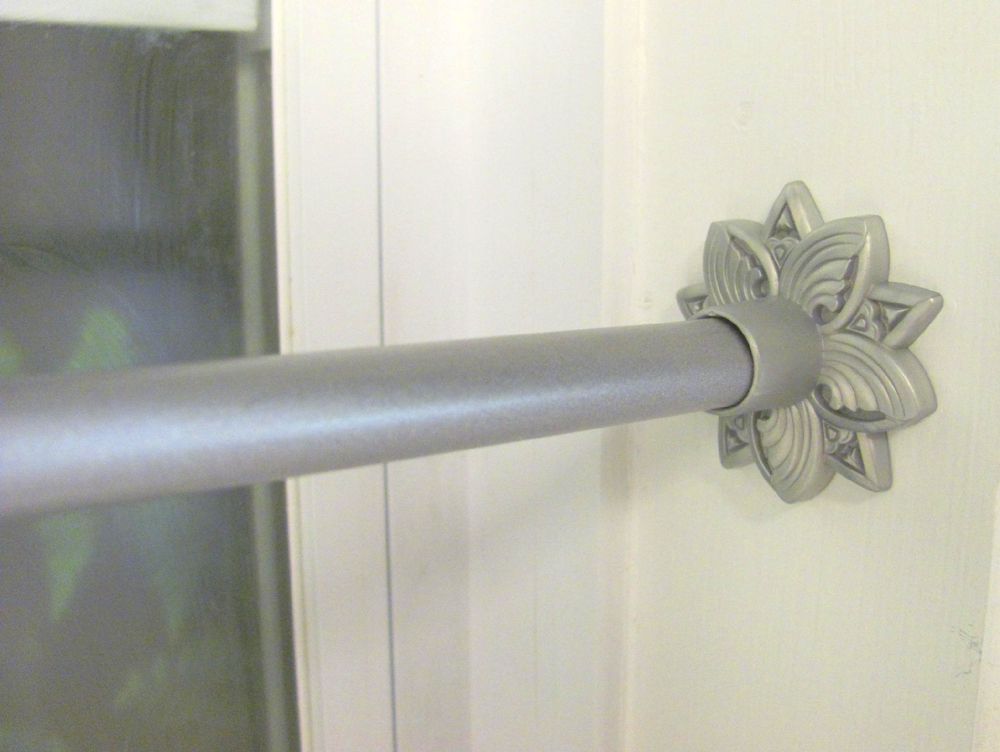Image of: Silver Curtain Rods Spring