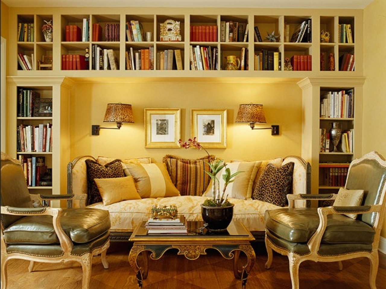 Image of: Small Living Room Designs Yellow