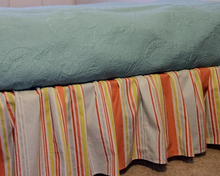 Image of: Striped Bed Skirts Dust Ruffles