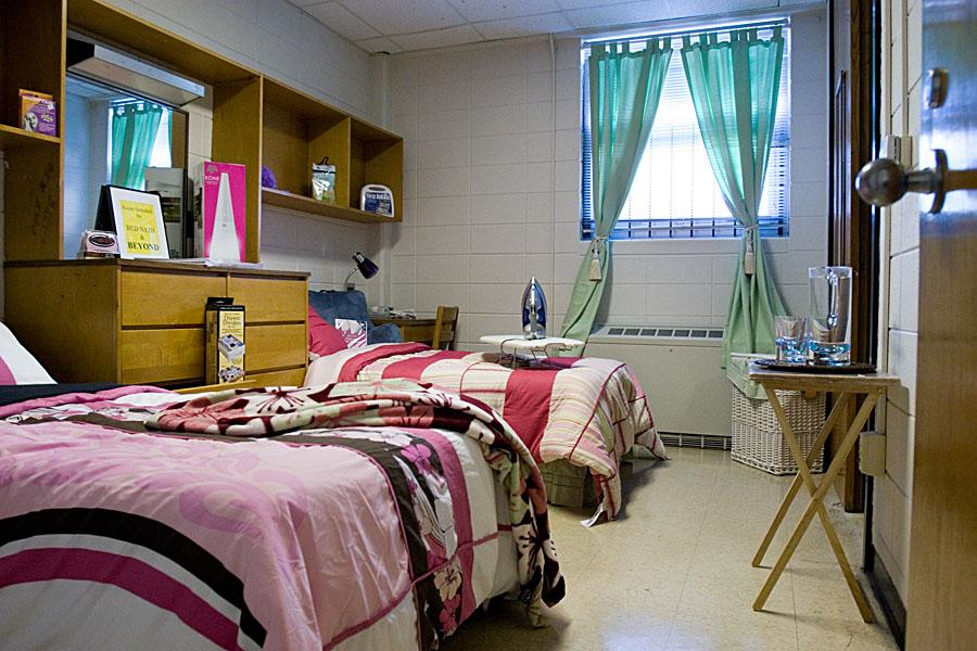 Image of: Top Dorm Room Bed Skirts