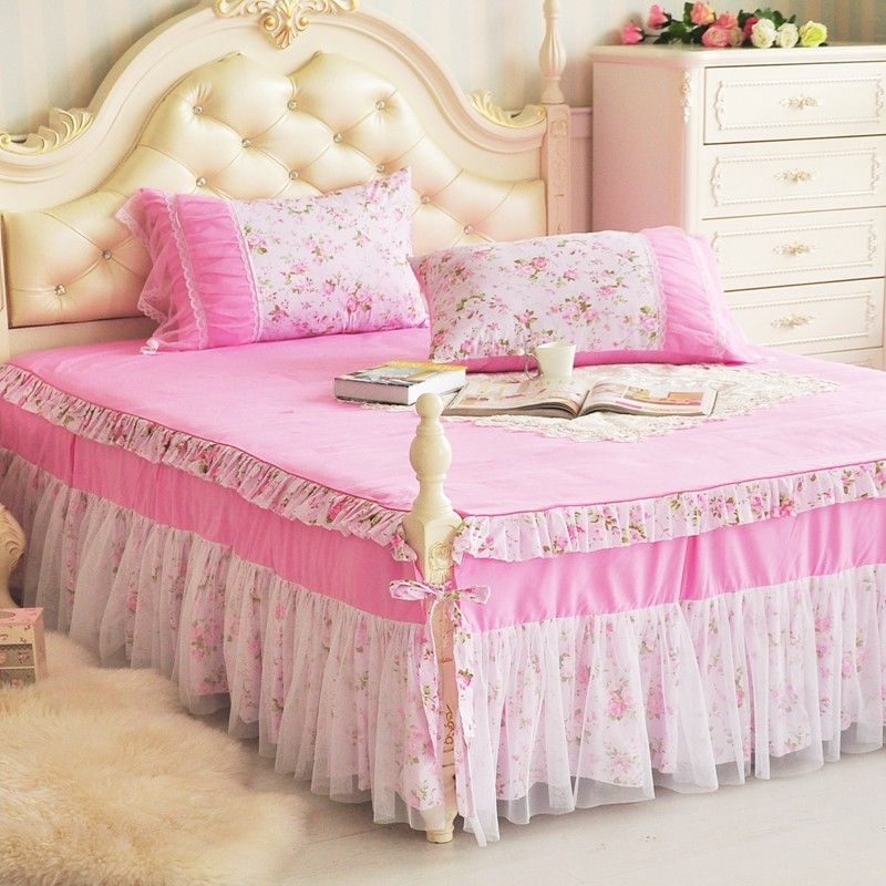 Image of: Tulle Bed Skirt Style