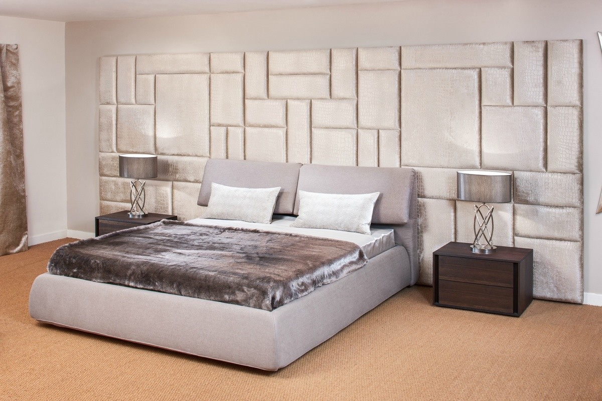 Image of: Upholstered Wall Panels Bedroom
