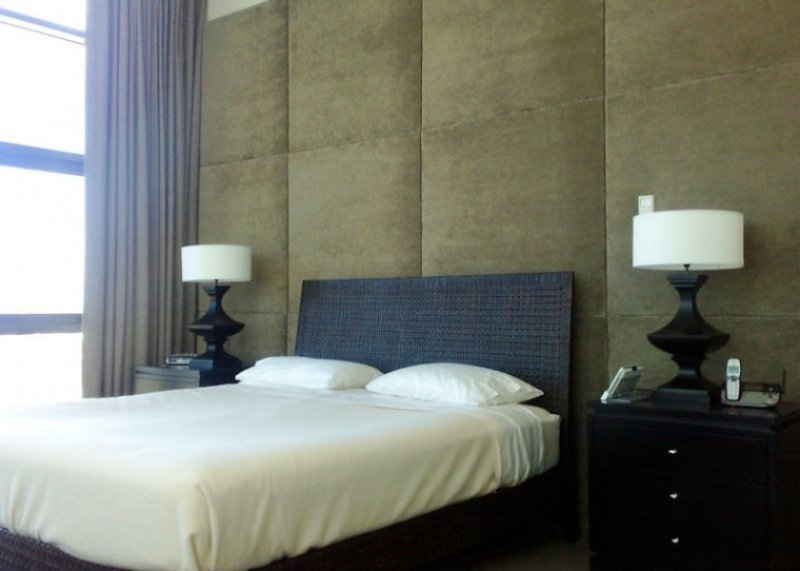 Image of: Upholstered Wall Panels For Beds