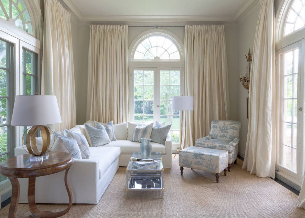 Image of: White Living Room Curtains Interior