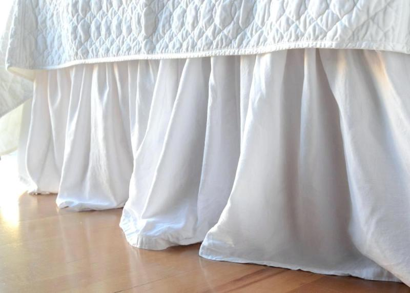 Image of: White Ruffle Twin Bed Skirt
