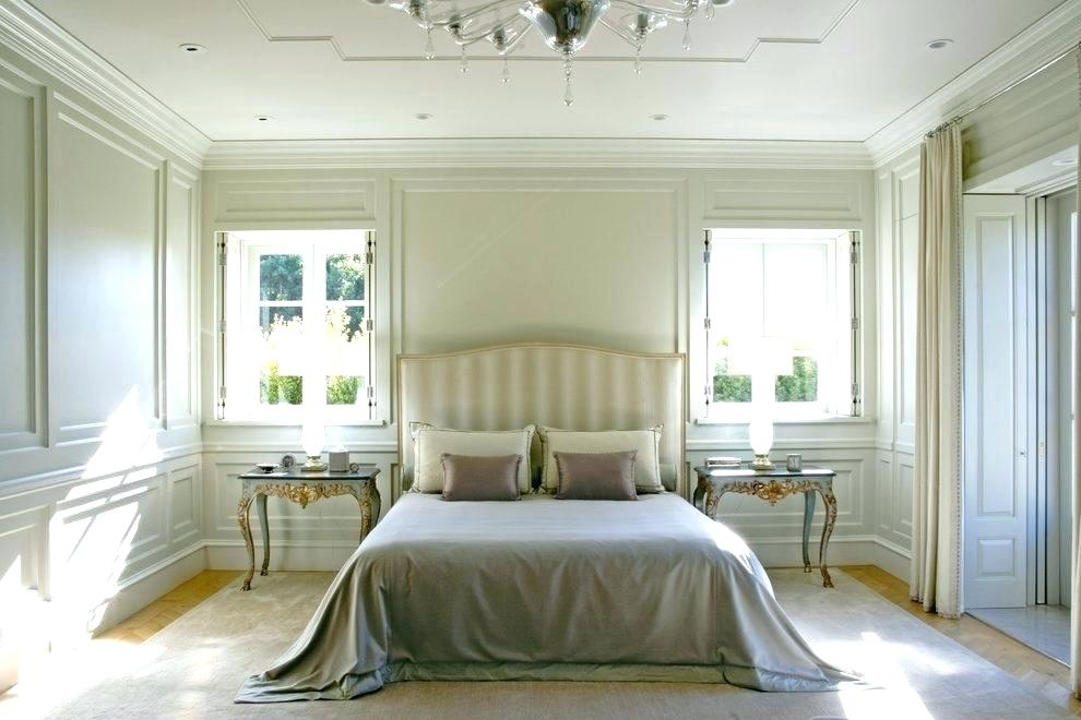 Image of: White Wall Paneling Room