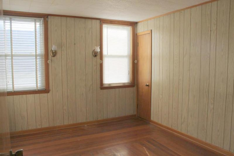 Image of: Wood Wall Panels Lowes