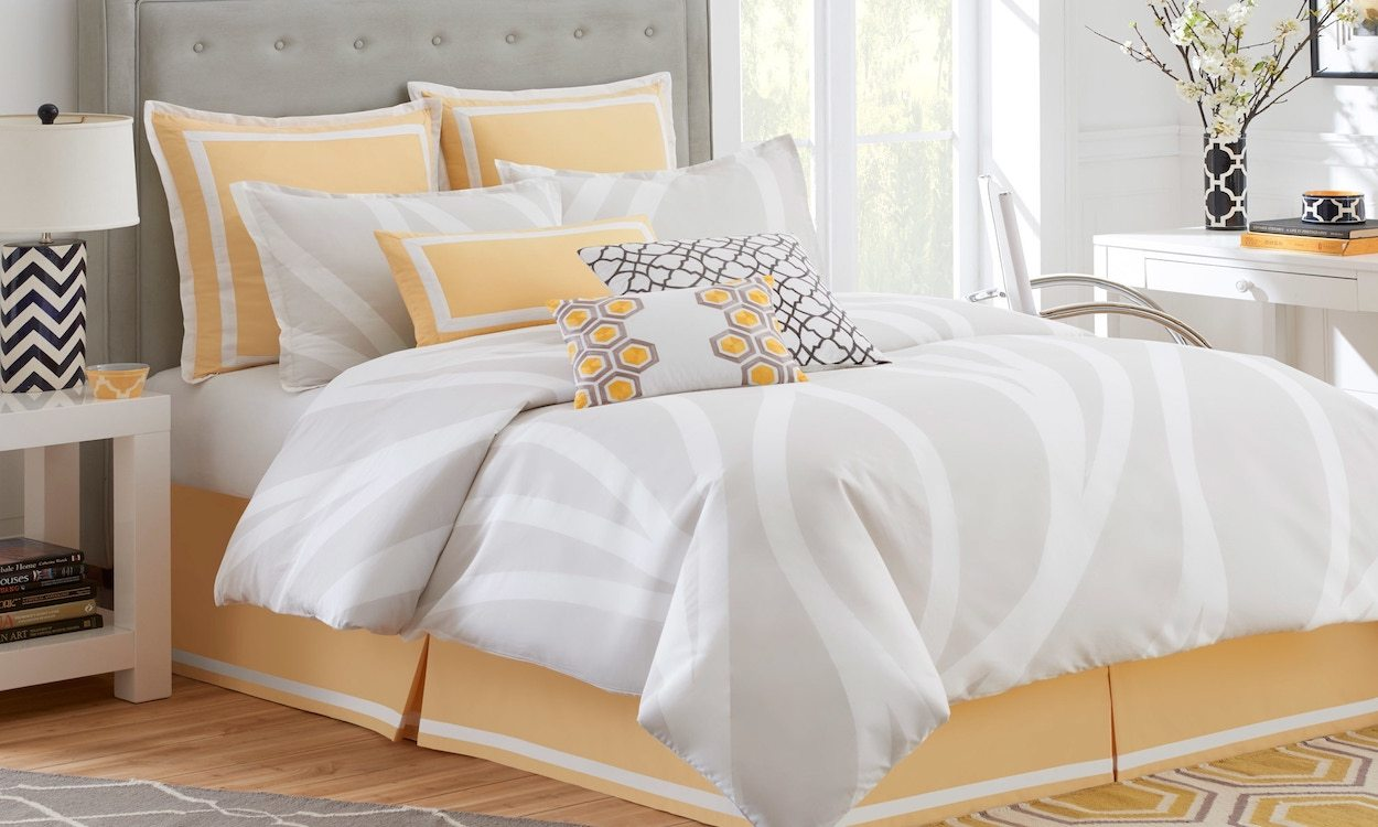 Image of: Yellow Bed Skirt Design