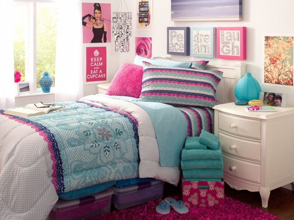 Amusing Blue And Green Bedding Sets