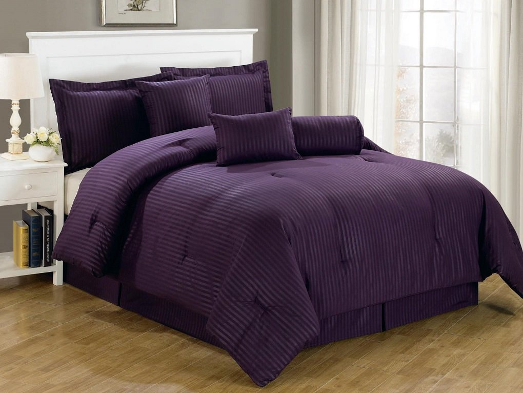 Image of: Awesome Dark Purple Bedding Sets