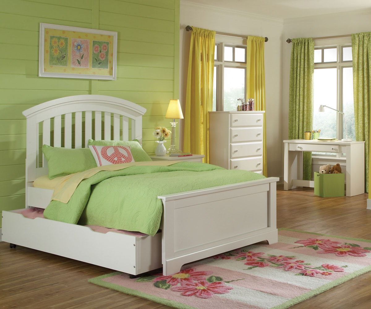 Beautiful Full Trundle Bed