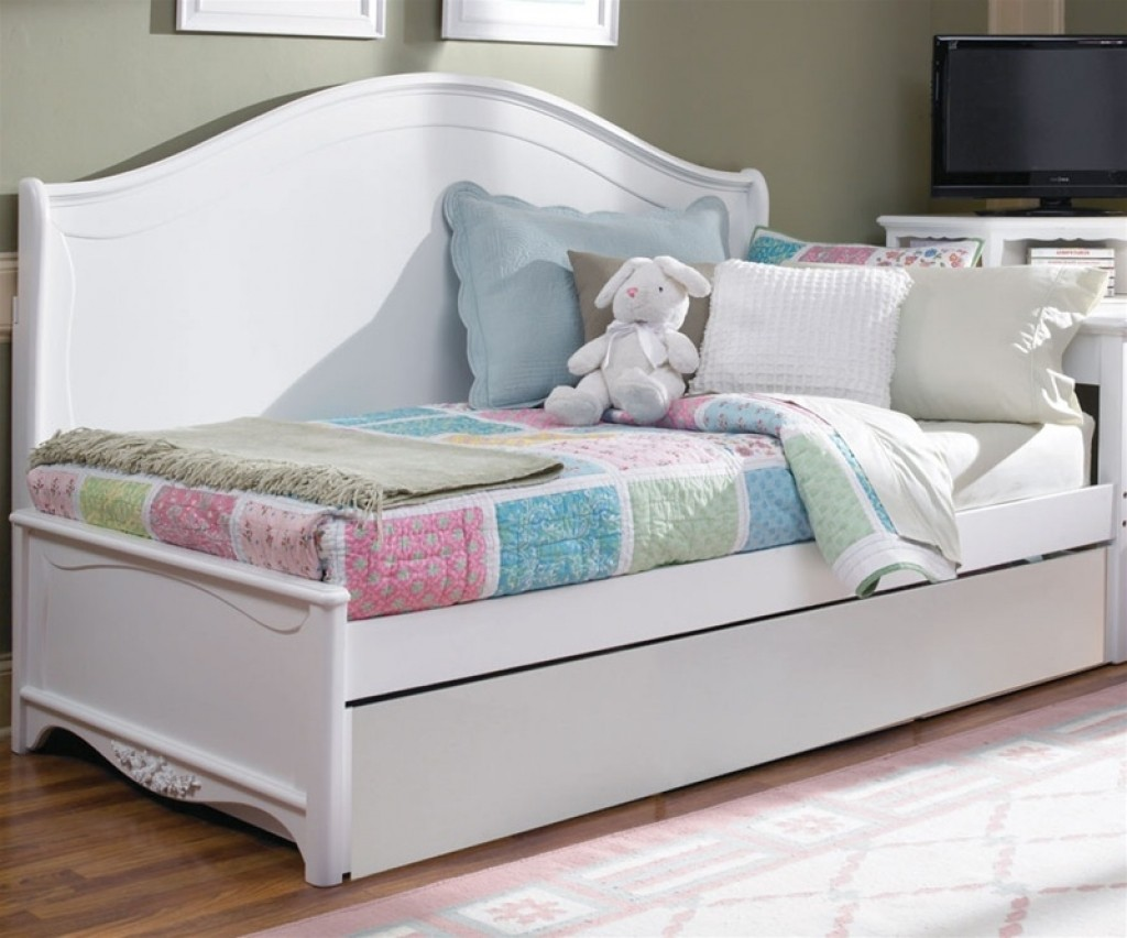Image of: Bed With Trundle Full Size