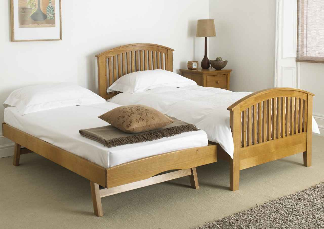 Image of: Bed With Trundle Innovative