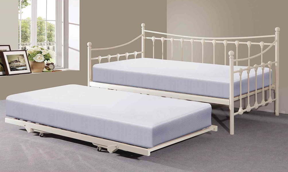 Image of: Best Trundle Bed Frame