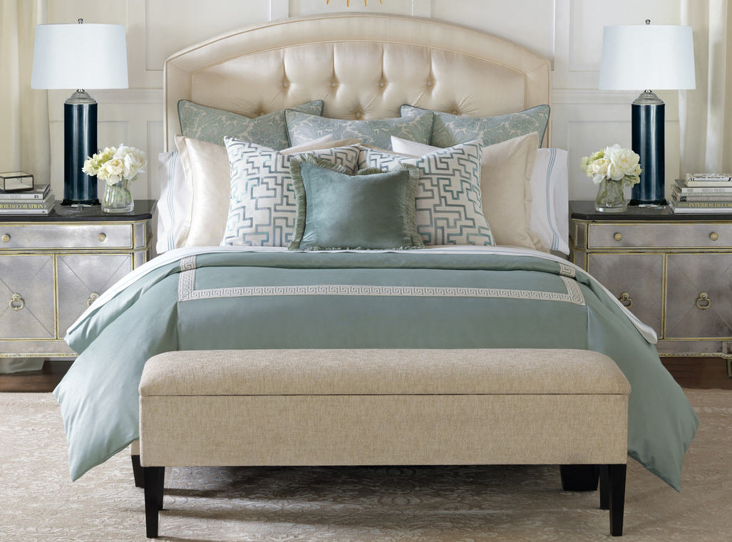 Image of: Blue Contemporary Bedding Sets
