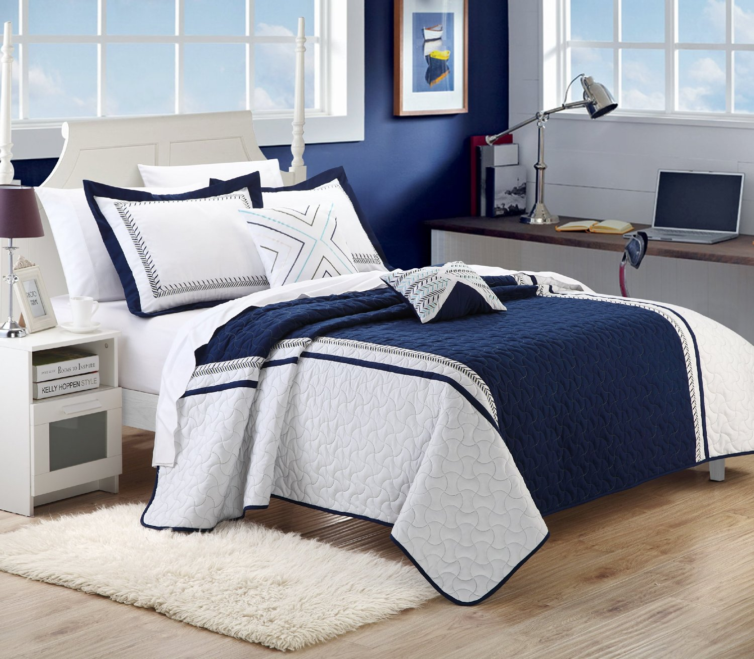 Image of: Blue and White Bedding Sets Fabric