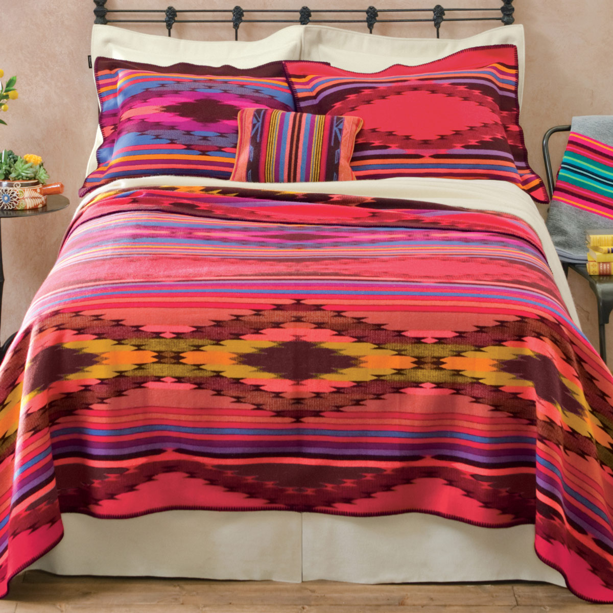 Image of: Bright Bedding Sets Theme