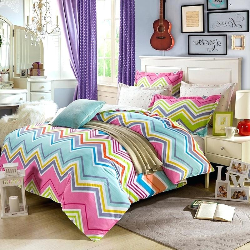 Image of: Bright Colorful Bedding Sets Chevron