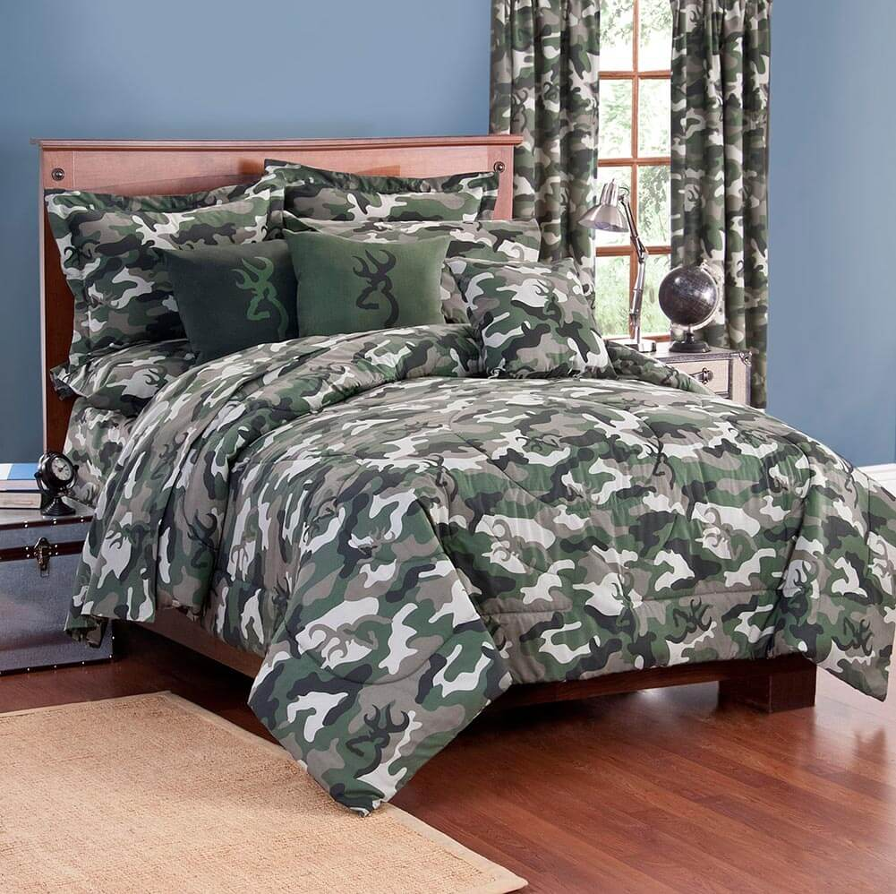 Image of: Camouflage Bedding and Curtain
