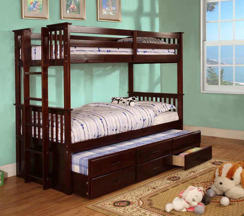 Image of: Classic Bunk Beds with Trundle