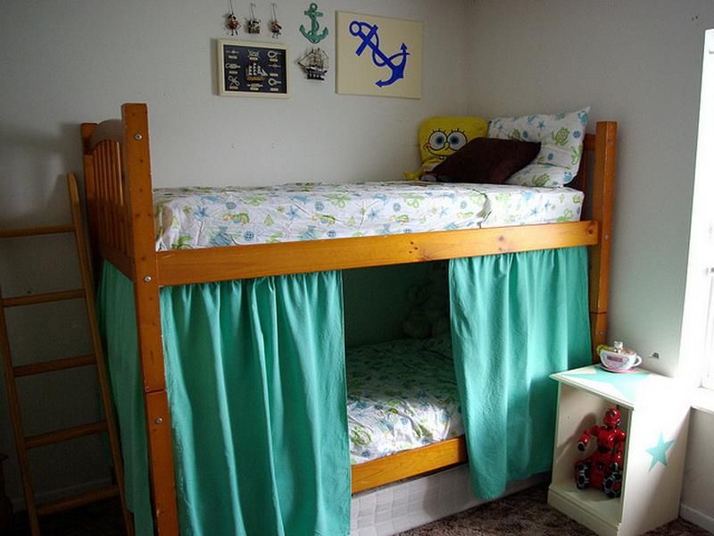 Image of: Colored Curtain Set For Loft Bed