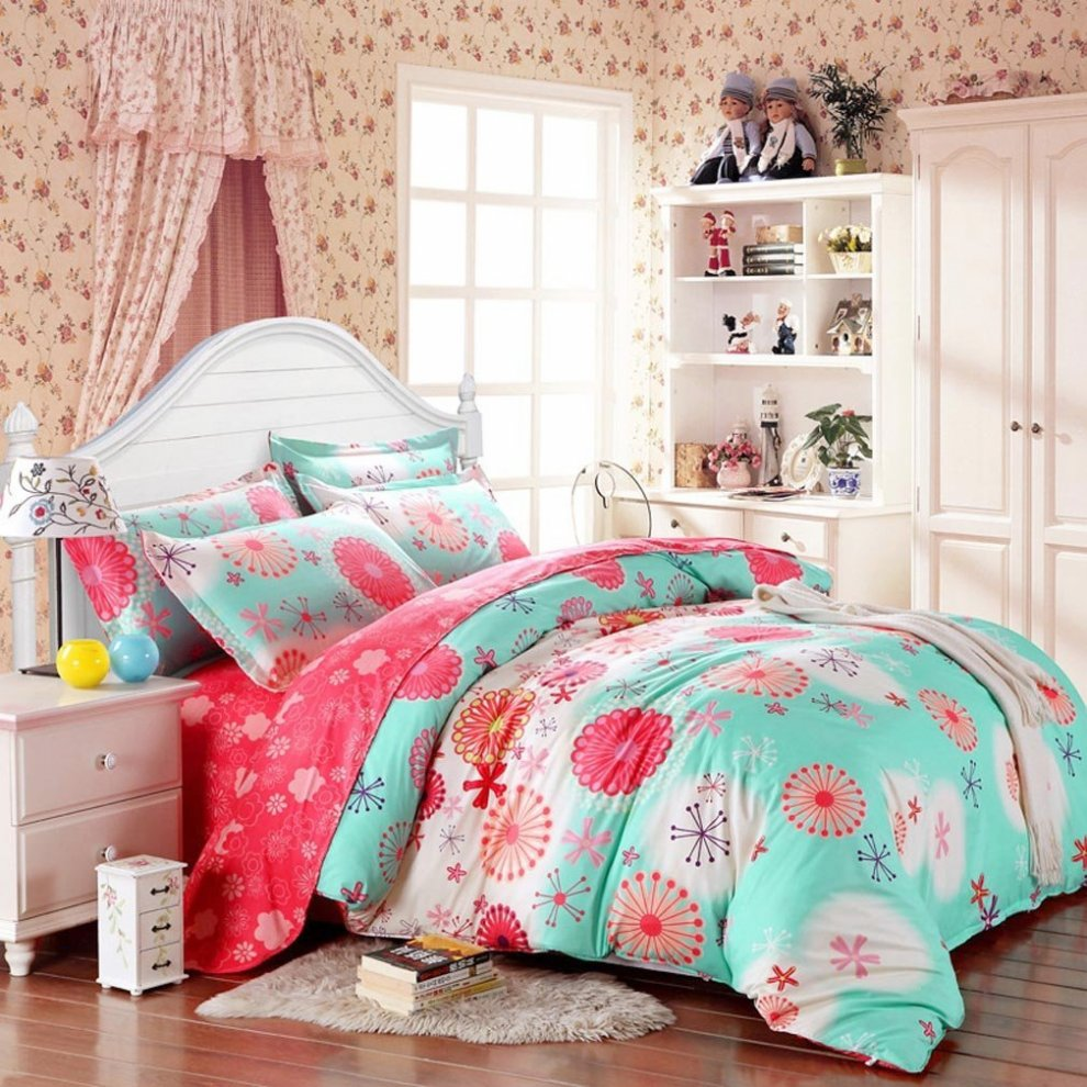 Colorful Daybed Bedding Sets For Girls