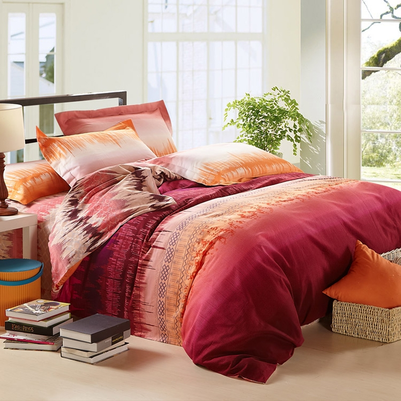 Image of: Contemporary Luxury Bedding Design