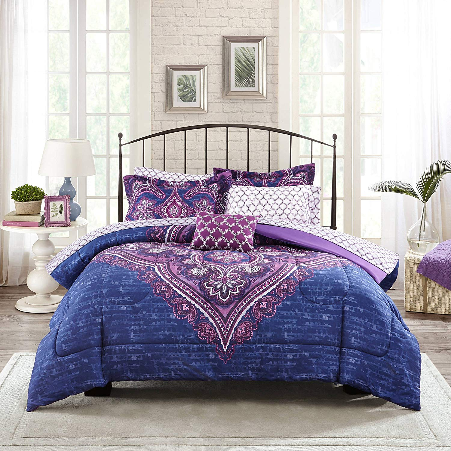 Image of: Cool Bedding Sets Decor