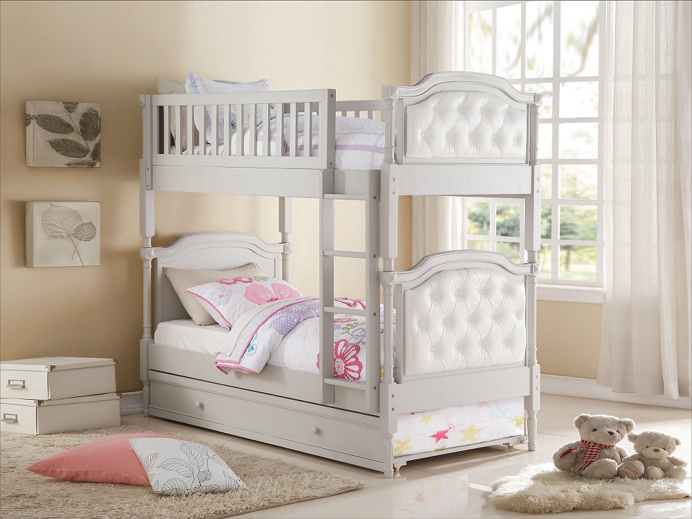 Image of: Cozy Bunk Bed With Trundle