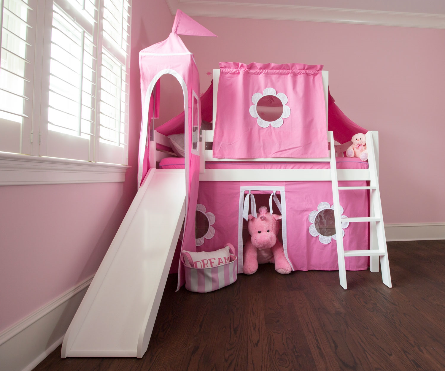 Image of: Curtain Set For Loft Bed Pink