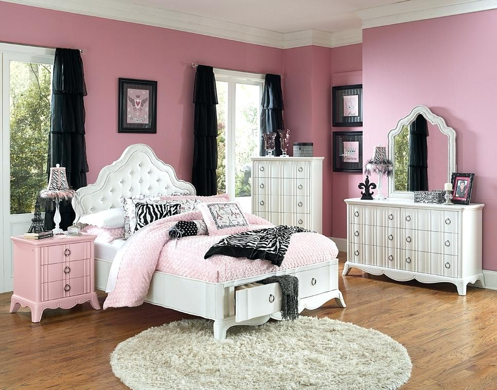 Image of: Cute Bed Sets For College