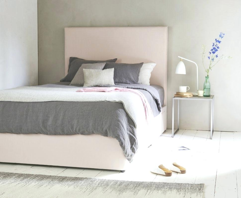 Image of: Cute Bedding Sets For Young Adults