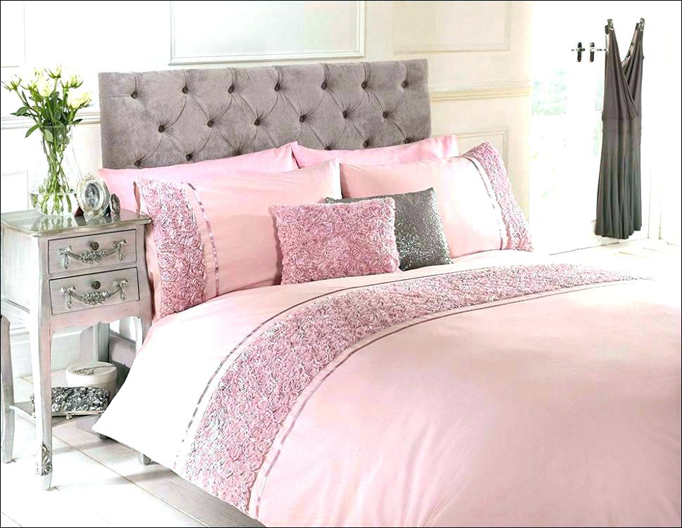 Image of: Cute Bedding Sets Queen Ideas