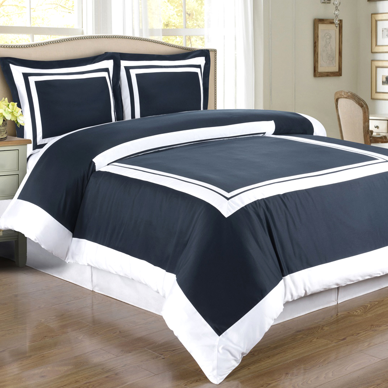 Image of: Dark Blue and White Bedding Sets