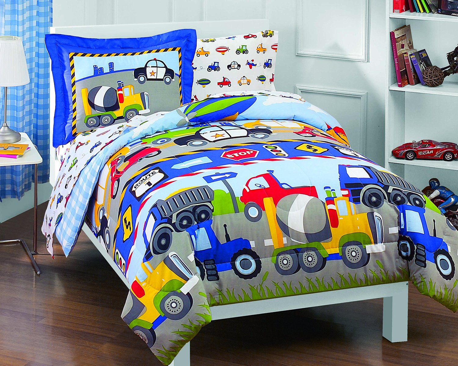 Image of: Dream Cars Bedding Set