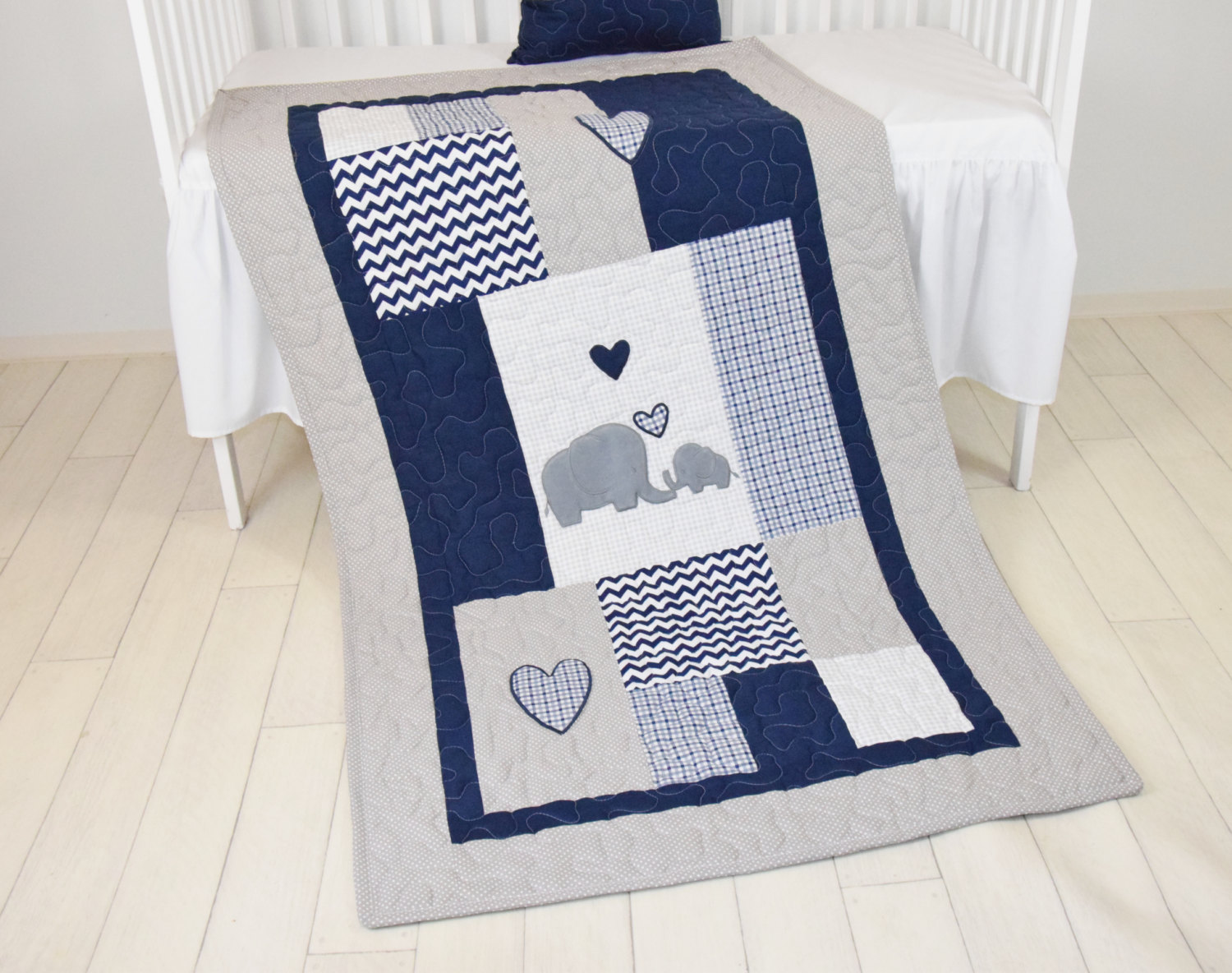 Image of: Elephant Baby Girl Bedding Gray