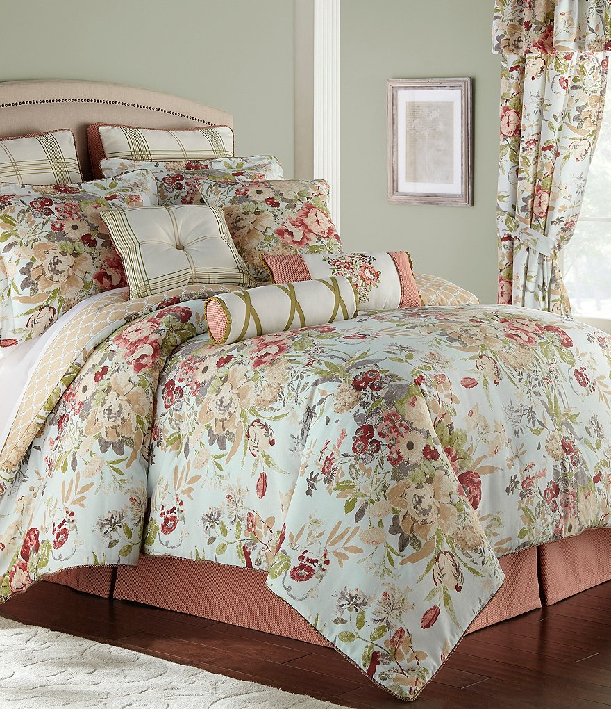 Image of: Floral Bed Set and Curtain