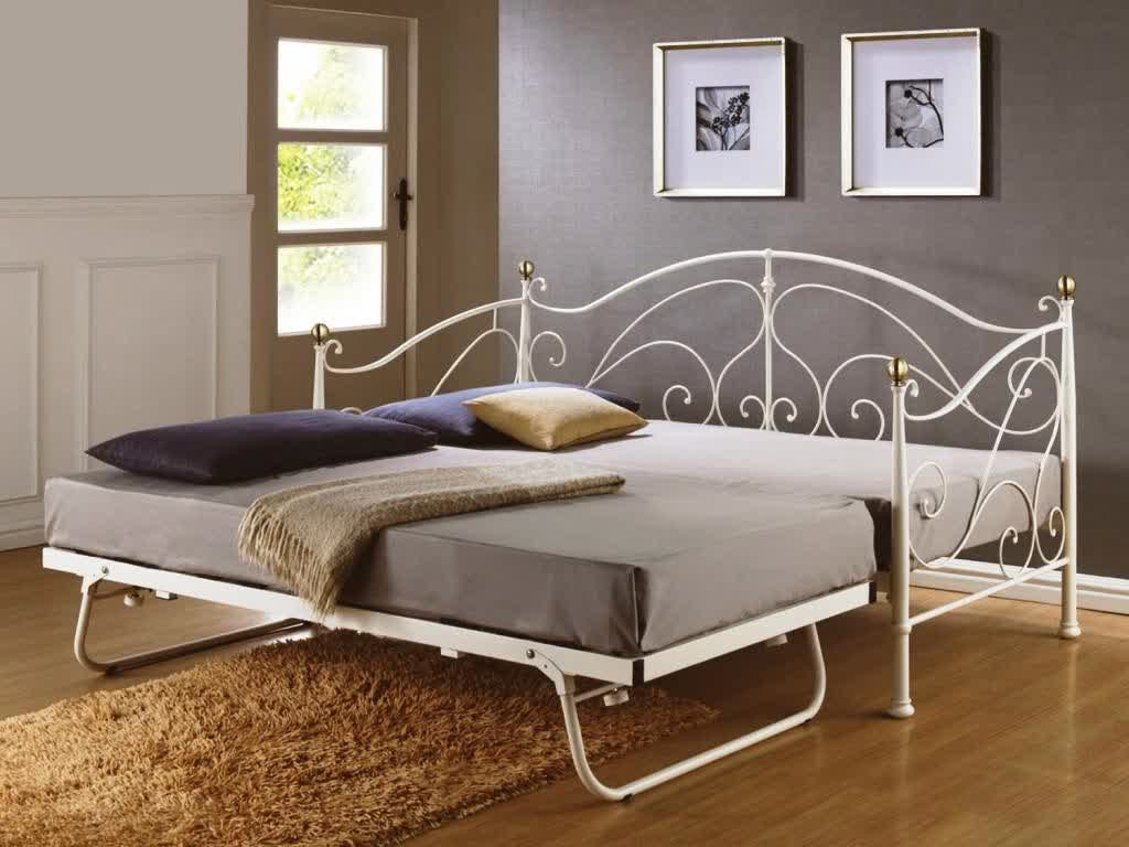 Image of: Frame Trundle Day Bed