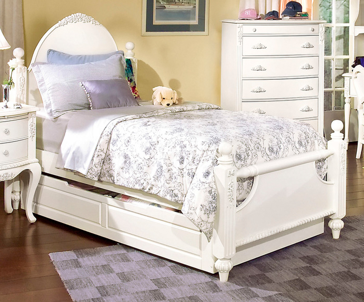 Image of: Full Trundle Bed with Headboard