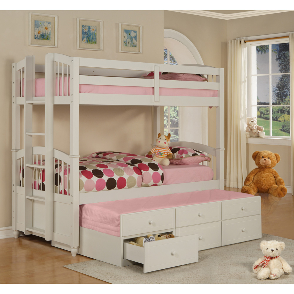 Image of: Girls Bunk Bed With Trundle