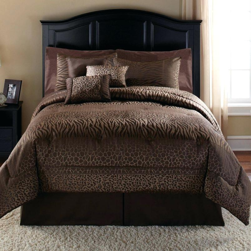 Image of: Gold and Brown Bedding Set