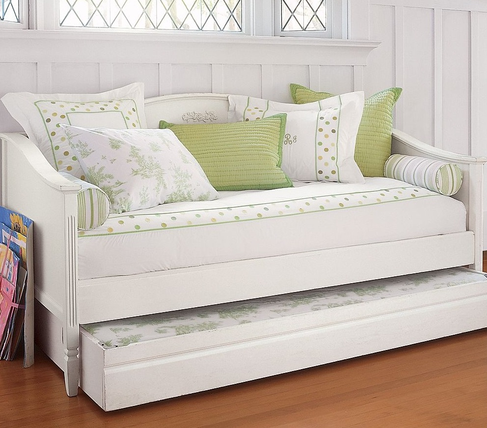 Image of: Gorgeous Daybed With Pop Up Trundle Bed