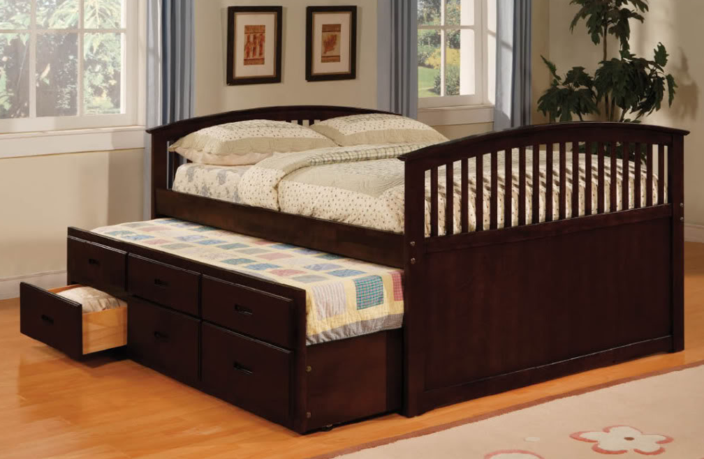 Image of: Great Full Size Trundle Beds for Adults