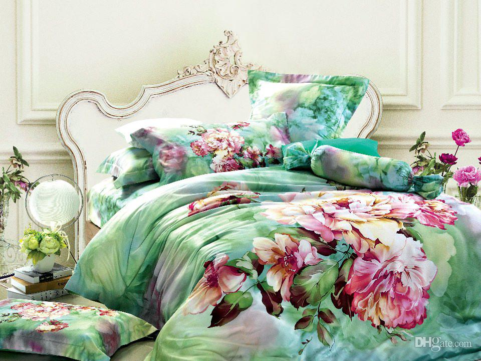 Image of: Green Floral Bed Set