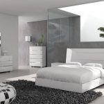 Inspiration Contemporary Bed Sets