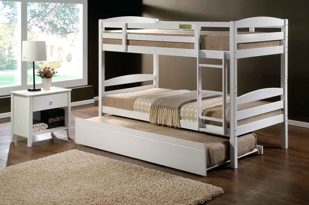 Low Bunk Beds with Trundle
