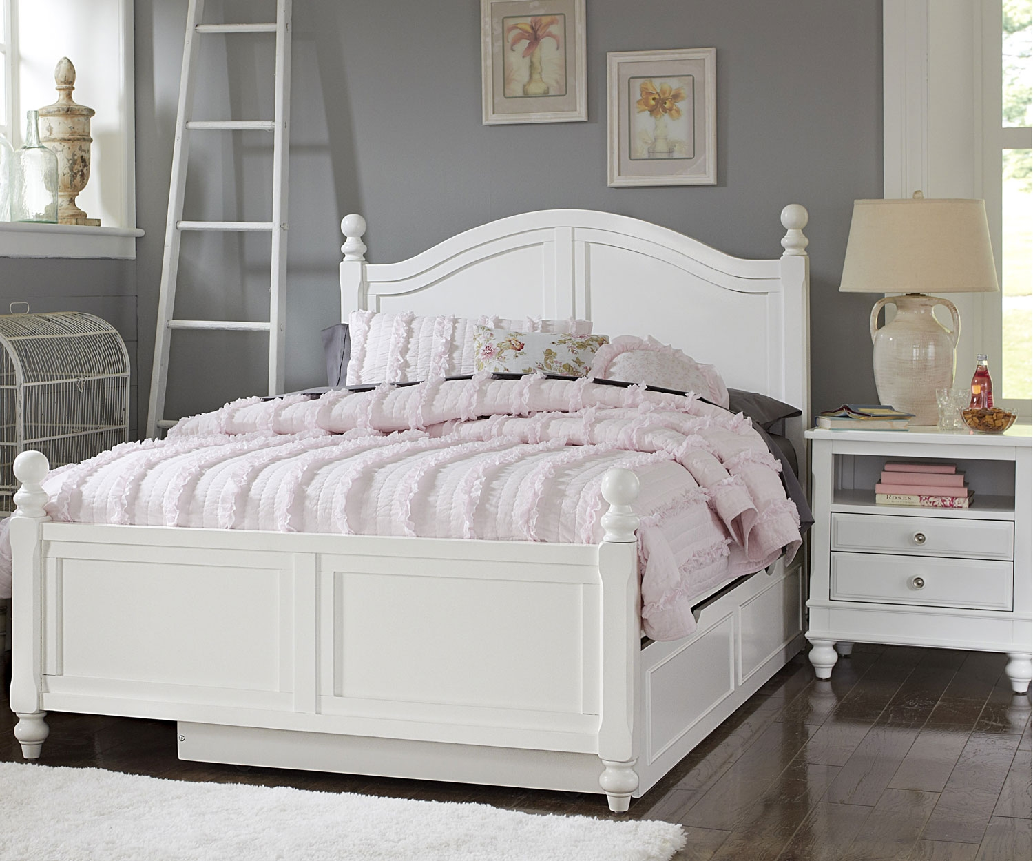 Image of: Luxury Full Bed with Trundle