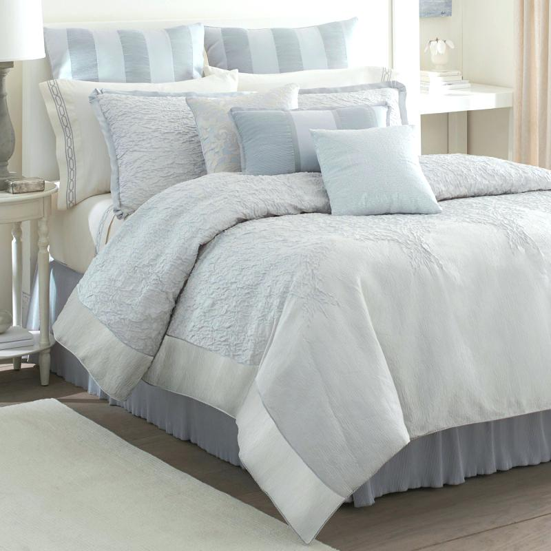 Image of: Nice Contemporary Bedding Sets