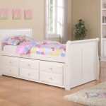 Nice White Trundle Bed